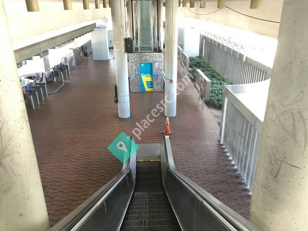 Coconut Grove Station